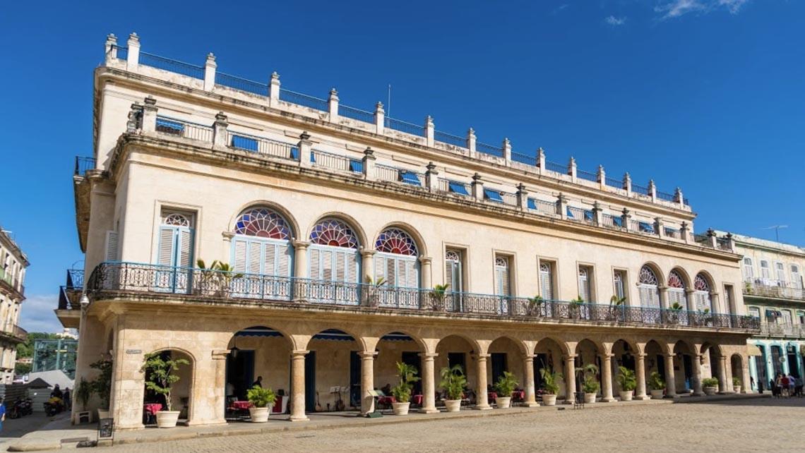 The Plaza de Armas, the heart of Old Havana